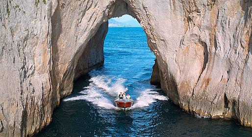 Ciro Capri Boats - Dolce Vita Capri Tour by Speedboat