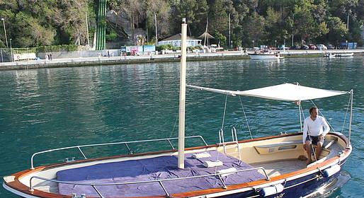 Ciro Capri Boats - WINTER OFFER: Boat Tour of Capri