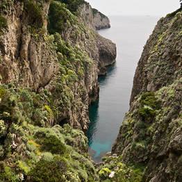 Tra mare e roccia sul Sentiero dei Fortini
