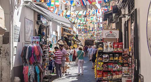 pretty nice 17705 d0129 Shopping in Sorrento - Shopping - Sorrento Coast