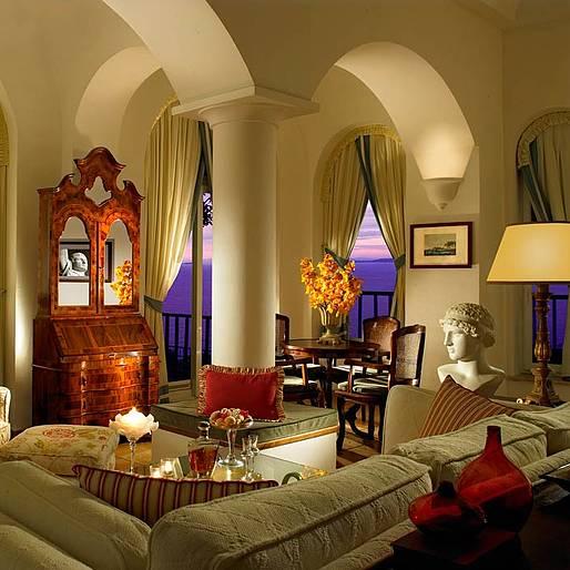Le 8 suite di lusso pi belle di capri lifestyle isola for Ville interni di lusso