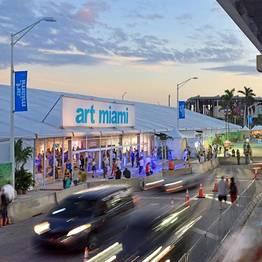 Da Capri a Miami: Liquid Art System vola in Florida per l'art week più visitata al mondo