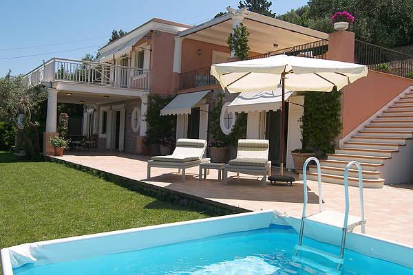 Villa Rose Jewel