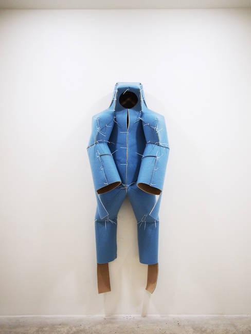 Home Suit Home (Roxane Zibeline)