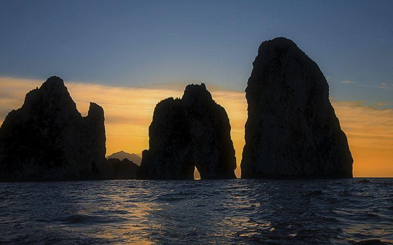 Capri I Faraglioni Di Capri Info Foto