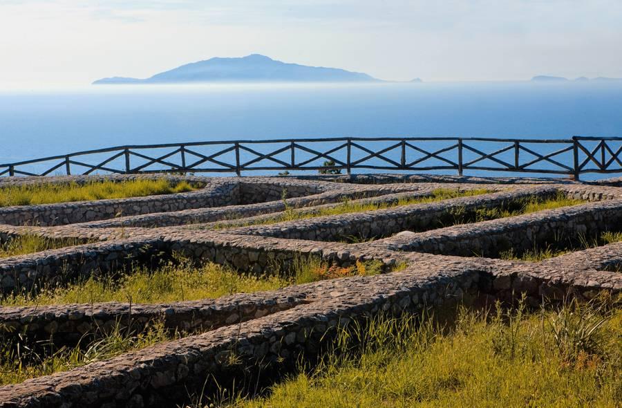 Alla scoperta della Grotta Azzurra - Itinerari - Capri