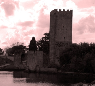 The Garden of Ninfa and the Castle of Sermoneta Hotel