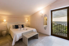 Double room with sea view (Capri)