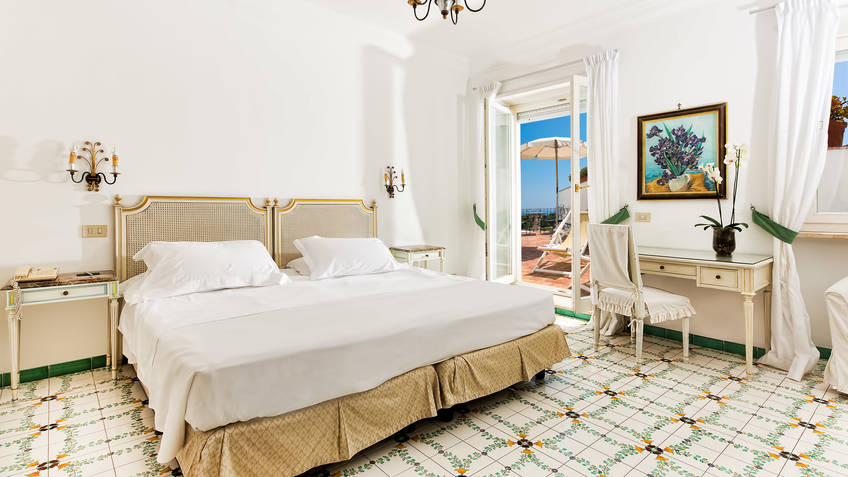 Seaview Family Junior Suite Capri