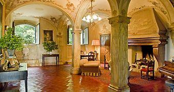 Borgo Stomennano Monteriggioni Volterra hotels