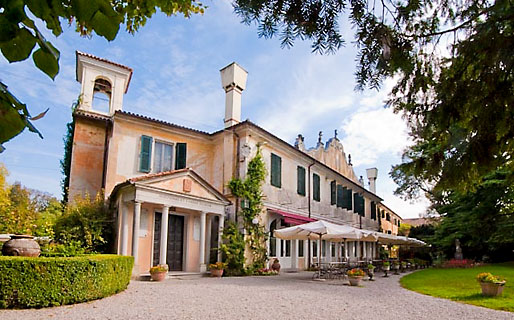 Villa Luppis 4 Star Hotels Rivarotta di Pasiano