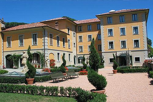 Foto e immagini lago di como hotels photogallery - Piscina induno olona ...