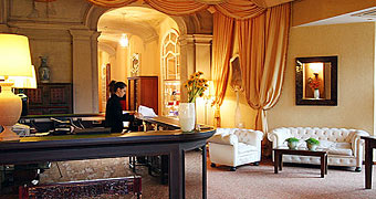 Hotel Porro Pirelli Induno Olona Como hotels
