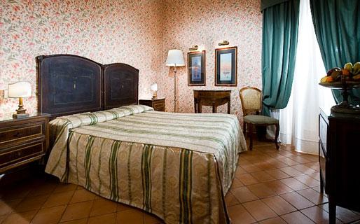 Chiaja Hotel de Charme Residenze d'Epoca Napoli