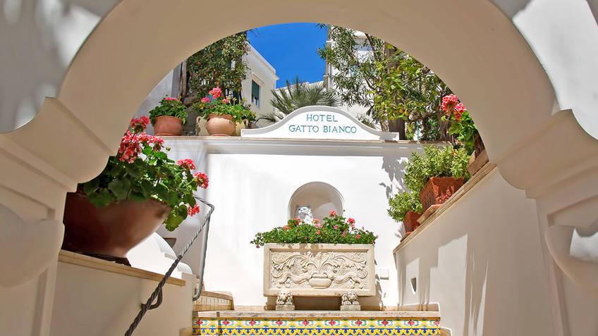 Hotel Gatto Bianco & Spa Hotel 4 estrelas Capri