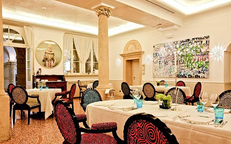 Byblos Art Hotel Villa Amist 224 Corrubbio Di Negarine And