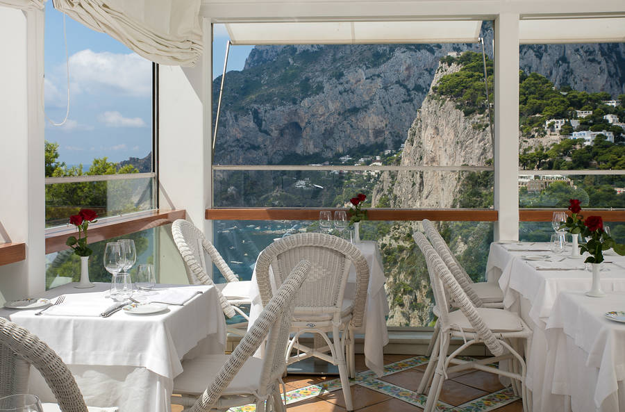 Restaurant Terrazza Brunella On Capri The Terrace Above The Bay