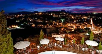 Castello Chiola Loreto Aprutino Pescara hotels