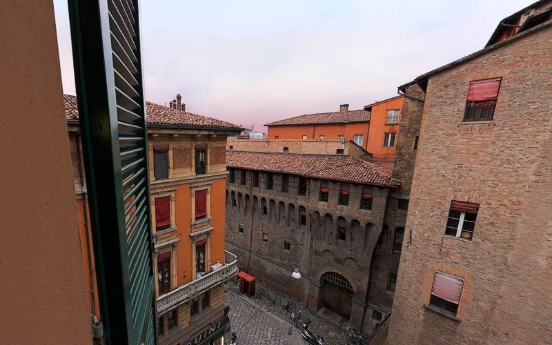 Bologna hotels images italy photo gallery - Hotel ristorante bologna san piero in bagno ...