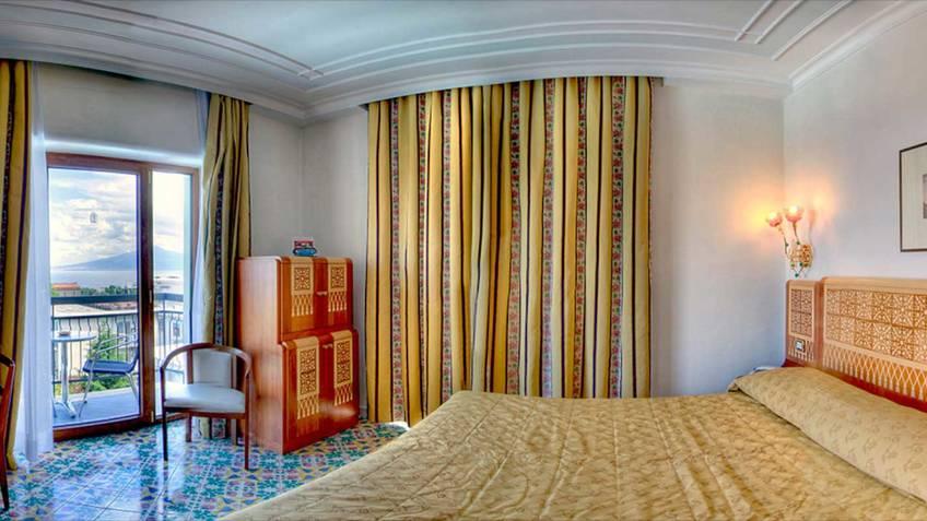 Grand Hotel Flora Hotel 4 estrelas Sorrento