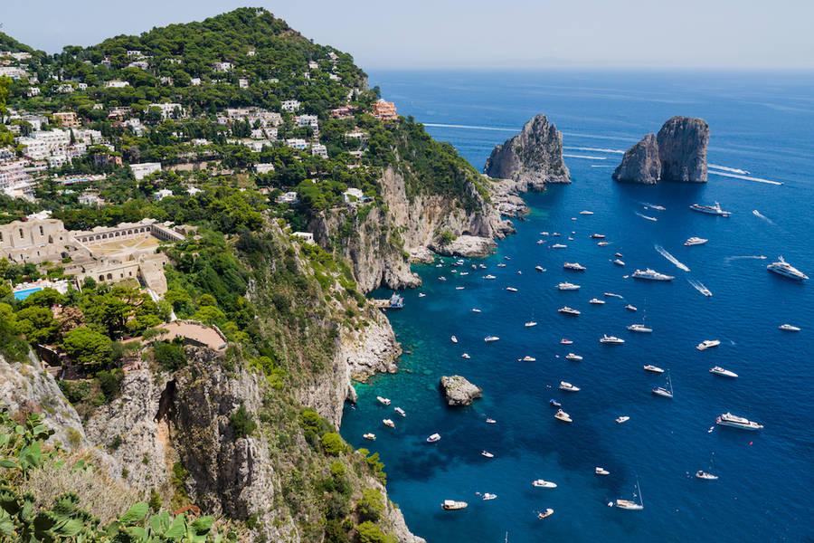 Capri On Board Elicotteri a Capri. A Capri in elicottero ...