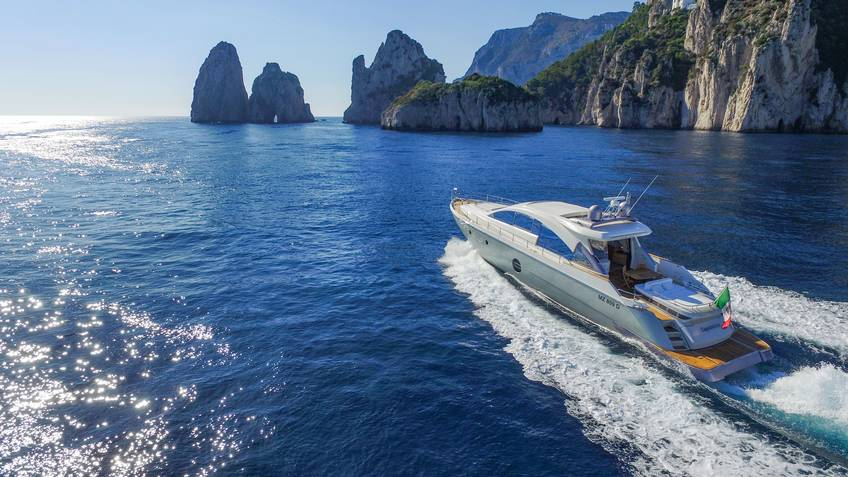 Capasecca Yacht Excursions by sea Sorrento