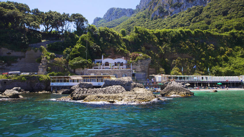 Restaurant Bagni di Tiberio on Capri: Lunch by the sea, like an ...