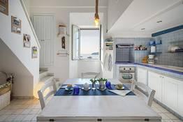 Corricella Sea Window - Gioia Apartments