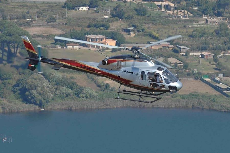 Elicottero 520n : Capri transfers a arriva come un vip