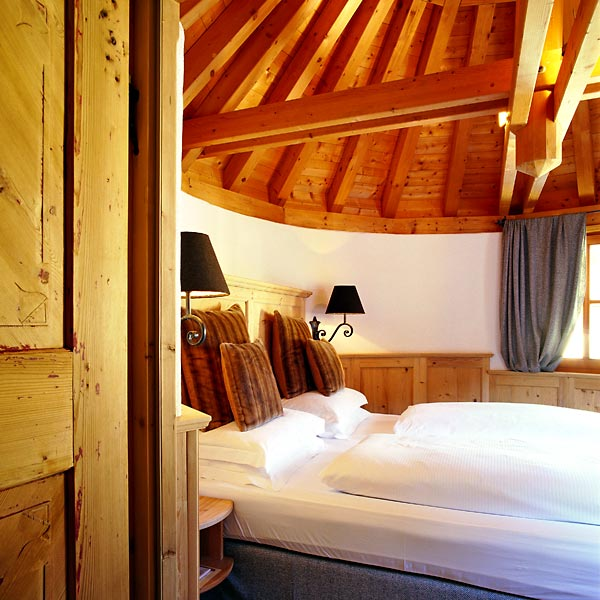 Hotel Rosa Alpina San Cassiano Dolomiti And Handpicked Hotels - Rosa alpina san cassiano