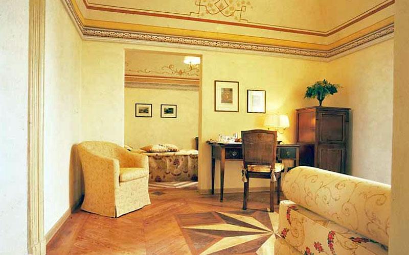 La Credenza San Maurizio Chef : Relais san maurizio s stefano belbo and handpicked hotels in
