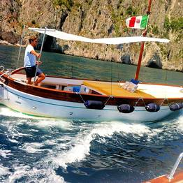 Capri Boat Service - Gozzo