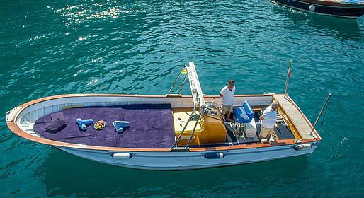 Capri Boat Service - Boat Tour of Capri by Luxury Gozzo from Positano/Amalfi