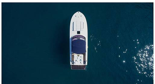 Capri Boat Service - Luxe Full-Service Transfer Naples-Capri: Itama+Mercedes