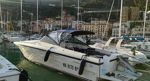 Grassi Junior Boats - Tour privato a bordo di Itama 38 in Costiera