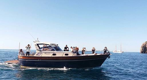 Sea Living - Private Boat Transfer between Positano and Capri