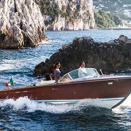 Ciro Capri Boats - Tour di Capri sul motoscafo della Dolce Vita