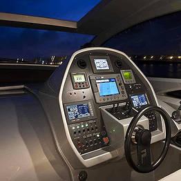 Capri Luxury Boats - Transfer da Napoli a Capri con motoscafo privato