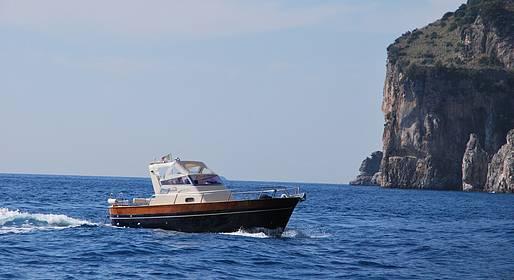 Plaghia Charter - Costiera Amalfitana, giro in barca al tramonto