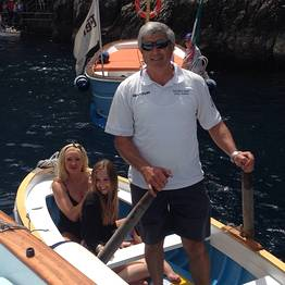 Half day tour by private gozzo around the Isle of Capri