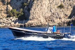Capri Relax Boats - Capri and the Amalfi Coast by lancia boat (10 mt)