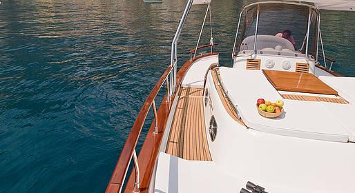Plaghia Charter - Tour in barca luxury in Costiera Amalfitana - Aprea 32