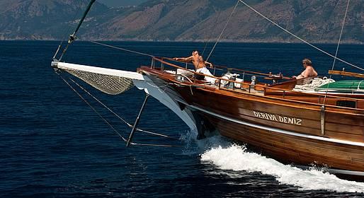 Plaghia Charter - Giornata in barca a bordo di un caicco