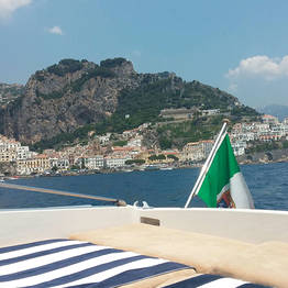 Deluxe Transfer: Sorrento-Naples/Ischia (or viceversa)