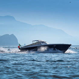 Priore Capri Boats Excursions - Deluxe Transfer: Sorrento-Naples/Ischia (or viceversa)