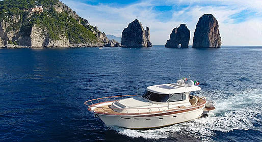 Restart Boat - Day Trip to Capri on Luxury Boat