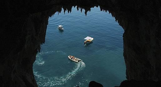 Vincenzo Capri Boats - Noleggiare un gommone a Capri