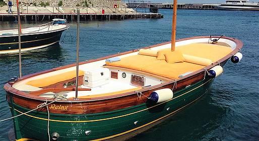 Capri Relax Boats - Giro dell'isola di Capri in gozzo privato
