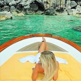 """Capri Relax Boats - Scopri l'isola di Capri in gozzo """"Fratelli Aprea 7.80"""""""
