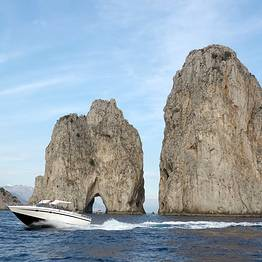 Vincenzo Capri Boats - Transfer Sorrento-Capri in Motoscafo